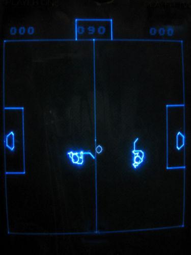 vectrex-game-v-hockey-homebrew-2.jpg